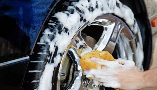 Tips Ampuh Merawat Velg Mobil Agar Kinclong