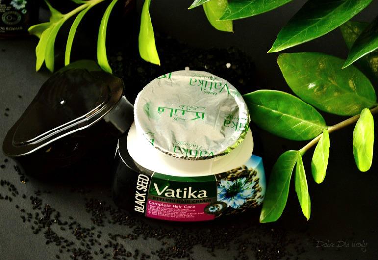Odbudowujący Krem do Stylizacji Włosów z czarnuszką Vatika Dabur Black Seed Cream