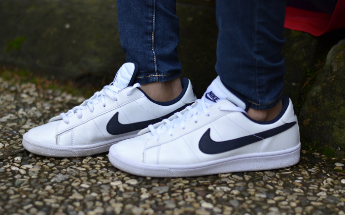 sneakers nike bianche blu