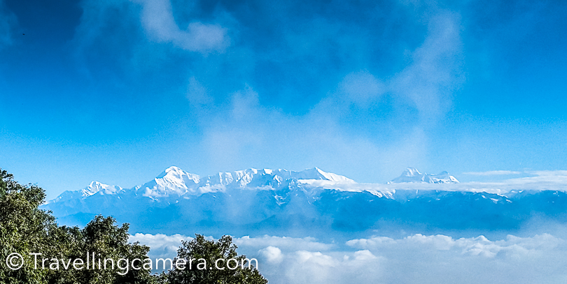 Binsar is one of the most beautiful place in the Kumaon Himalayas and an acclaimed hill resort, which offers great landscape views from the top. The main attraction of Binsar is the majestic view of the Himalayas. A 300 Kms. stretch of famous peaks, which includes Kedarnath, Chaukhamba, Trishul, Nanda Devi, Nanda Kot and Panchchuli is clearly visible from zerow point or other places around Binsar.