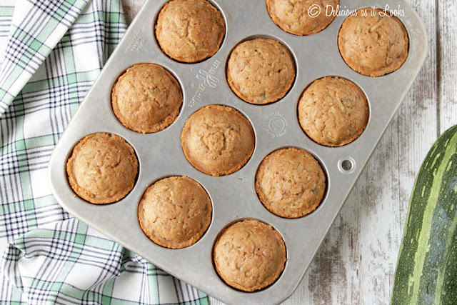 Low-FODMAP Spiced Zucchini Muffins {Gluten-Free, Gum-Free}  /  Delicious as it Looks
