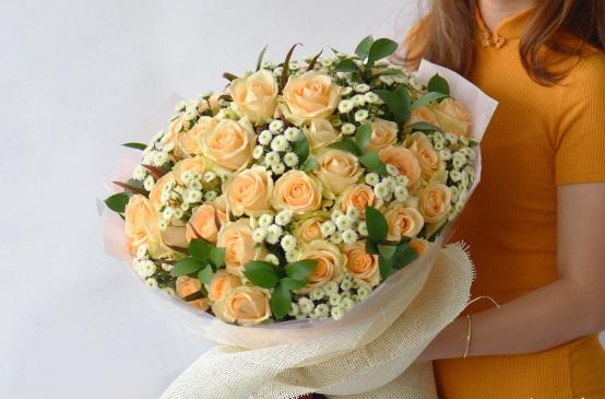 bo hoa sinh nhat tang me dep