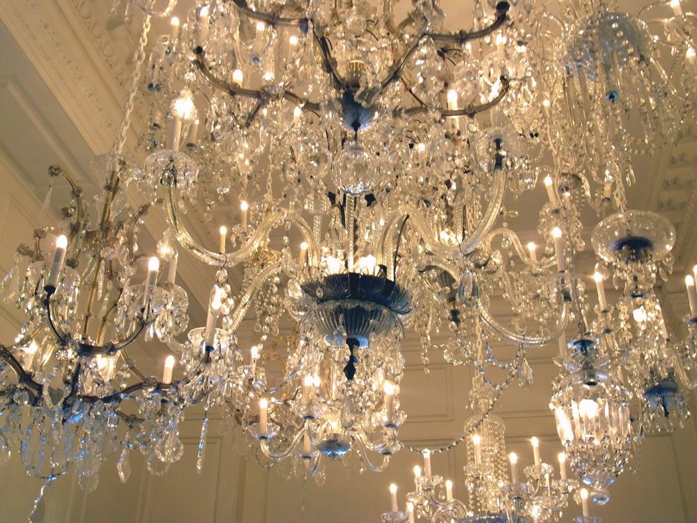 Public Chicago hotel lobby chandelier