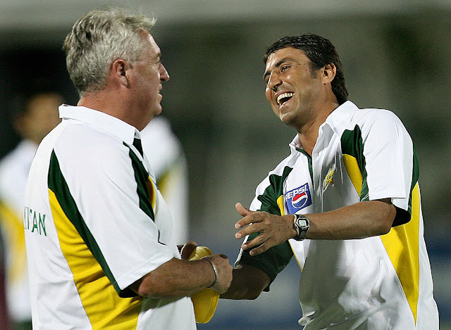 Younis Khan and Bob Woolmer