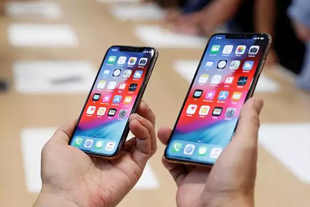 بعض أجهزة iPhone XS و XS Max تواجه مشاكل في الشحن