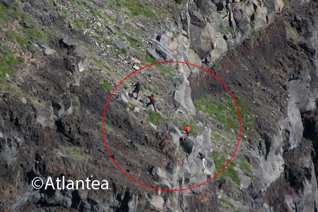 [Ελλάδα] Πήγε να πιάσει το drone του και έπεσε σε γκρεμό