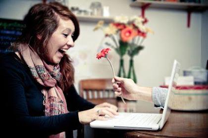 12 Cara Menjaga Hubungan LDR tetap romantis dan Langgeng