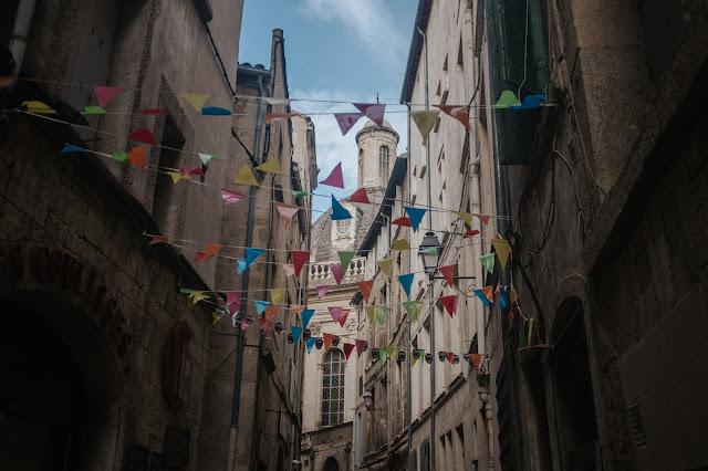 Fanions Rue Montpellier