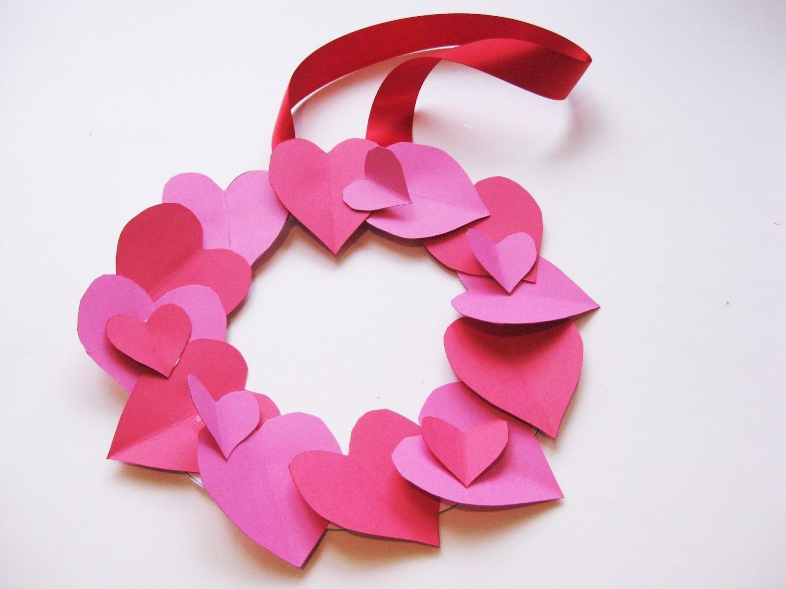 valentine wreath craft idea for valentines day - 736×552