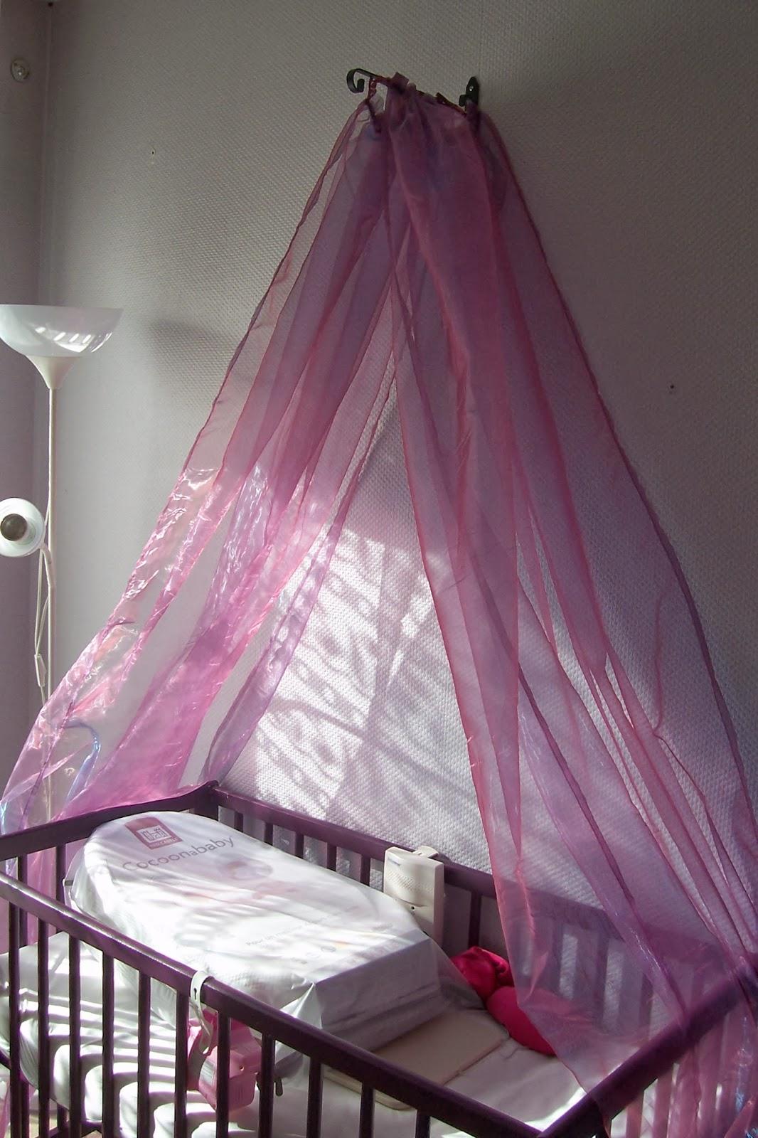 blabla de maman en beaut ciel de lit fait maison a moins de 40 euros. Black Bedroom Furniture Sets. Home Design Ideas