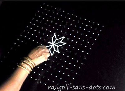 lotus-shaped-rangoli-0812.jpg
