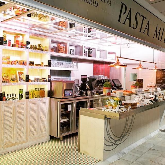 Tienda y barra de Pasta Mito, mercado de Chamartín