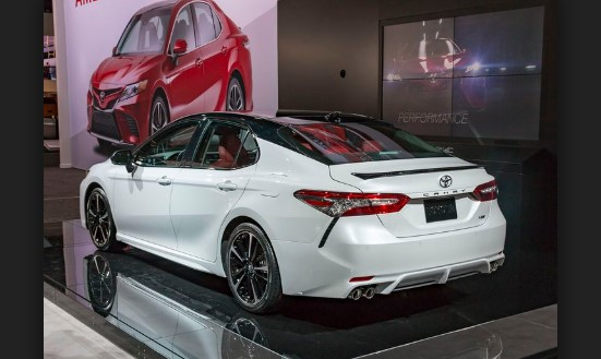 2020 Toyota Camry 3.5 Auto V6 XSE Specs and Features