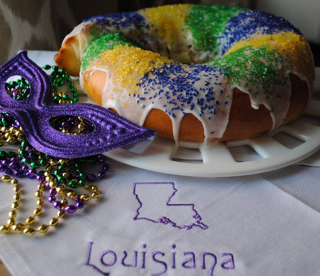 Authentic Mardi Gras King Cake Recipe