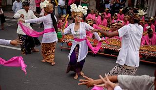 Tari Joged dari Bali