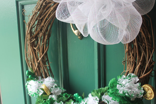 Very simple and thrifty St.Patricks day wreath