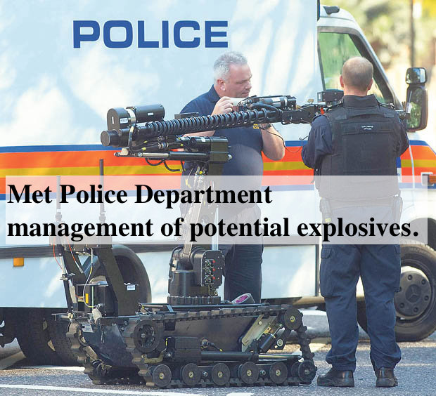 The Metropolitan Police bomb disposal squad Kensington Palace