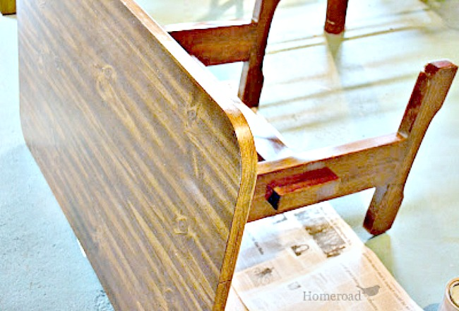How to Paint a Grain Sack Striped Laundry Folding Table