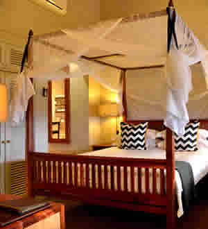 Victoria Falls Safari Lodge King Suite