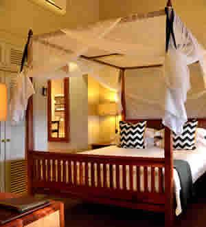 Victoria Falls Safari Lodge King Suite