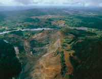 Aerial view of a manganese mine, Serra do Navio, north of Macapa, State of Amapa, Brazil on May 5, 2014 (Credit: De Agostini—Getty Images) Click to Enlarge.