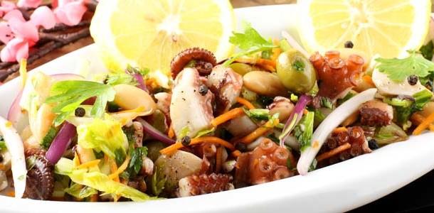 Salata de caracatita - Livrari la domiciliu Bucuresti / Catering Mari Cuisine Bucuresti