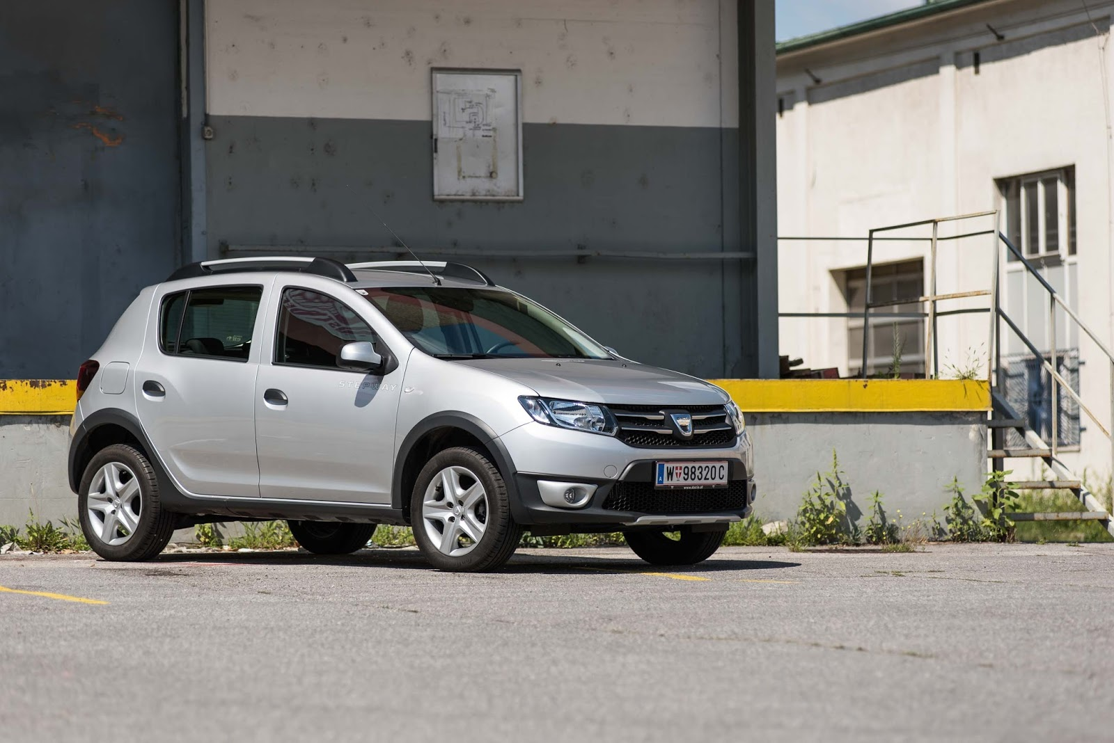 dacia sandero stepway tce 90 easy r s s man gew hnt sich an alles. Black Bedroom Furniture Sets. Home Design Ideas