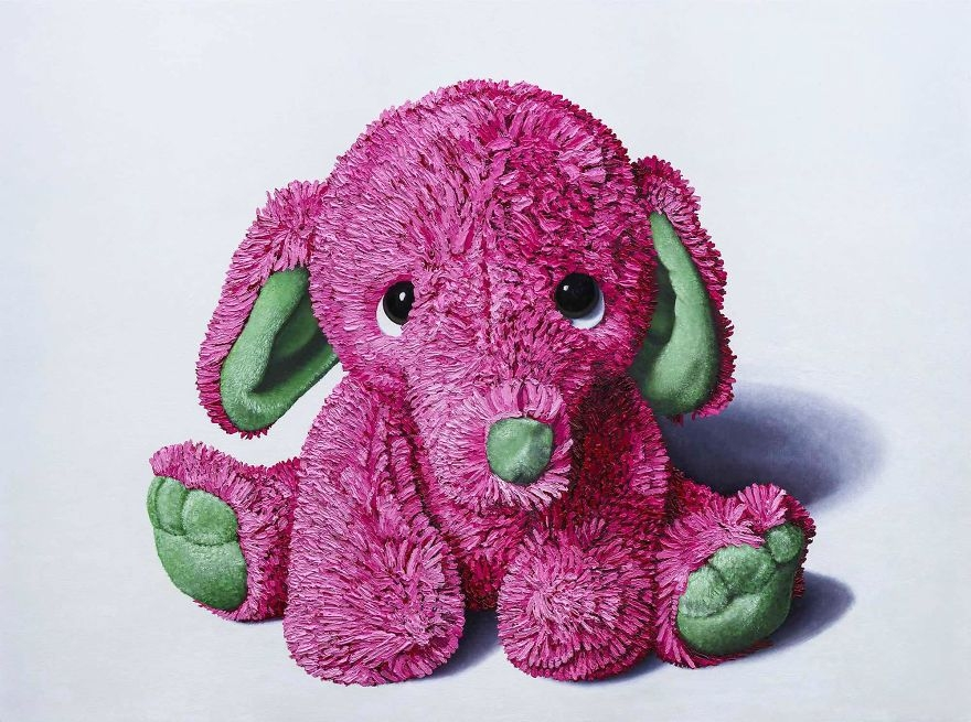 02-Pink-and-Green-Elephant-Brent-Estabrook-Realistic-Paintings-of-Stuffed-Animals-www-designstack-co