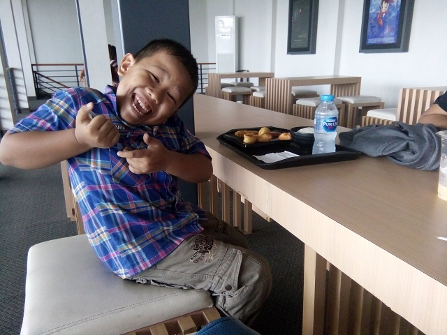 Makan Siang di Box Well Kota Cinema Mall