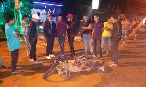 Gia Lai: Xe máy chở 3 đâm trực diện một xe khác - 2 người chết tại chỗ, 3 người bị thương nặng