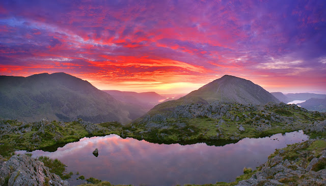 best lake district photos, amazing view, sunset from haystacks, buttermere, wainwright