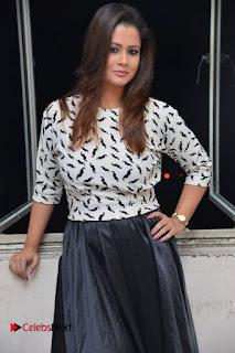 Anchor Shilpa Chakravarthy Pictures at Dirty Game Audio Launch .COM 0001.jpg