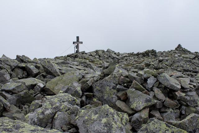 Wanderung vom Ingeringgraben über den Schmähhausrücken auf den Hochreichart. - Gipfelkreuz des Hochreichart