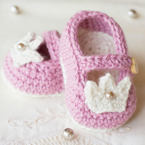 Princess Charlotte Baby Booties - Free Pattern