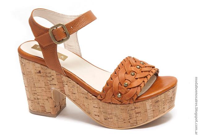 Moda primavera verano 2017 sandalias de cuero mujer.