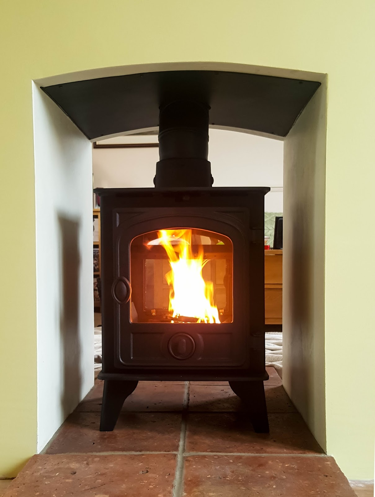 Hunter Hawk 4 - Double Sided Wood Burning and Multi Fuel Stoves ...