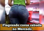 Video de coroa gostosa brasileira no mercado