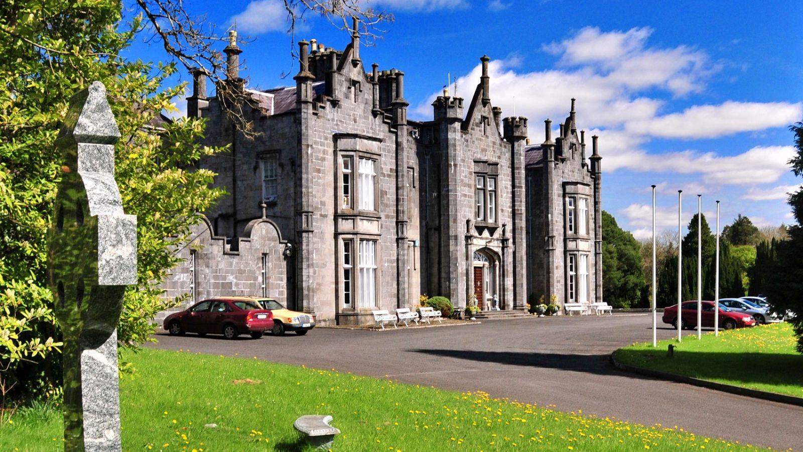 Manor House Hotel Ballina