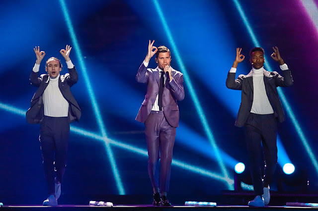 Robin Bengtsson interpretando 'I can't go on' en Eurovisión 2017 (Photo: Andres Putting)