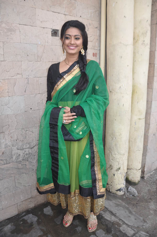 Sneha Latest Hot Photos In Green Designer Dress