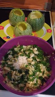 Recipe of the day: round zucchini stuffed lemon sauce