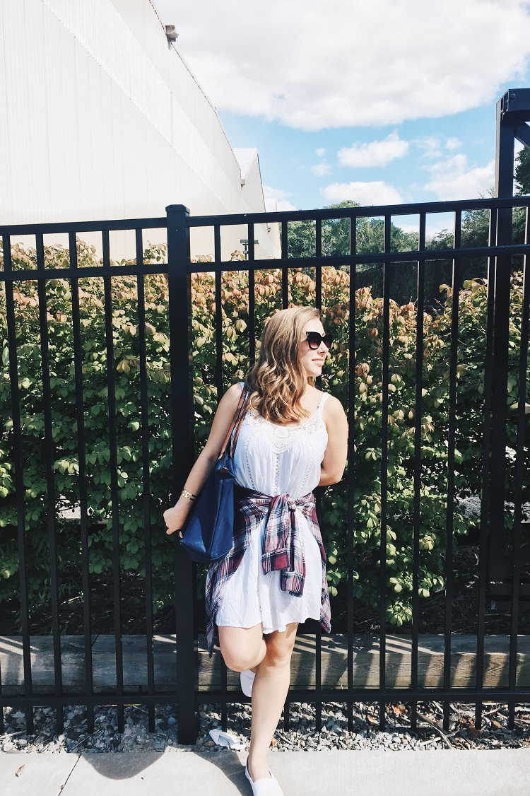 How to maintain comfort in your fall wardrobe - Rachel Lynn - Click through to find out what she and other bloggers have to say on this topic!