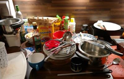 Cara membersihkan alat dapur