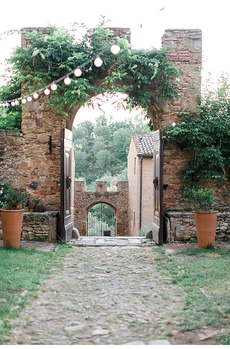 destination-weddings/italy-weddings/elegant-luxurious-wedding-inspiration-in-tuscany