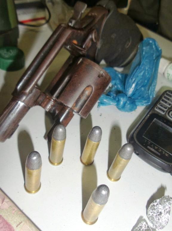 drogs+buriti+013 Polícia Militar prende seis em ponto de drogas no interior do Piauí