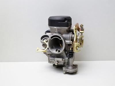 Sistem Injeksi dan Karburator Pada Mesin Kendaraan Mobil dan Sepeda Motor