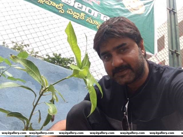 Srikanth lend his support to the Haritha Haram programme