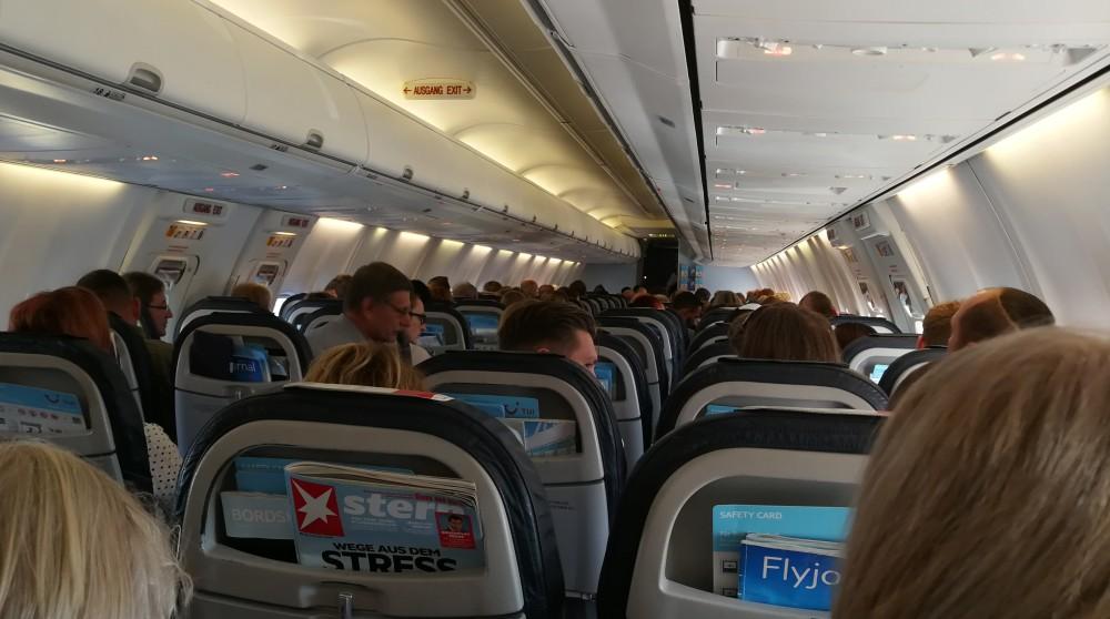 800 tuifly sitzabstand boeing 737 OR595 schedule.