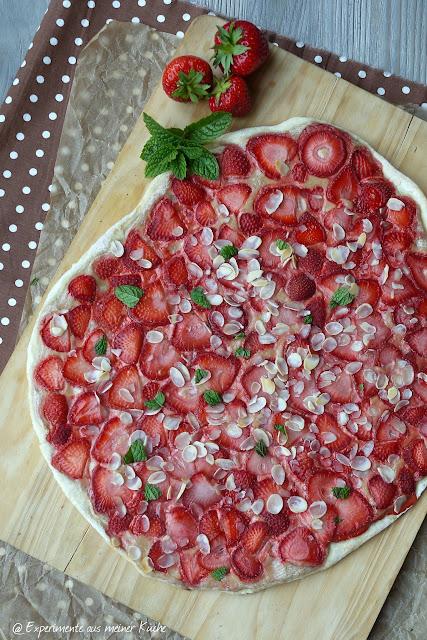 Experimente aus meiner Küche: Erdbeerflammkuchen #ichbacksmir