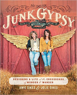 Junk Gypsy: Designing A Life At The Crossroads Of Wonder & Wander PDF
